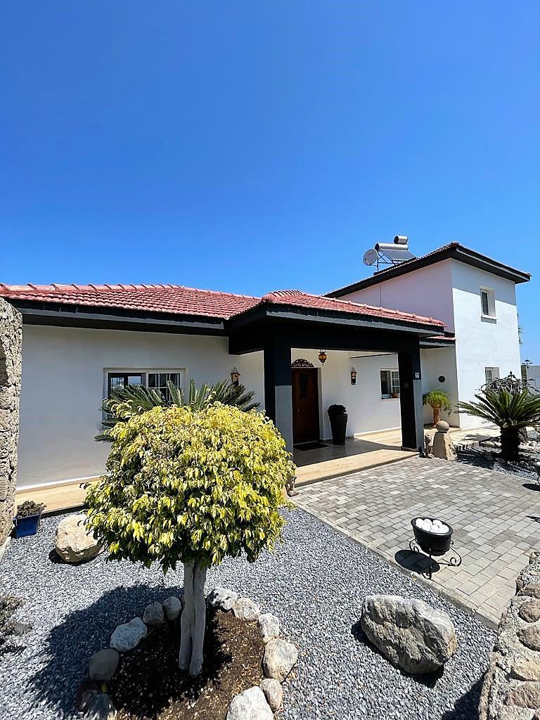 Pristine 5 bedroom well-situated bungalow